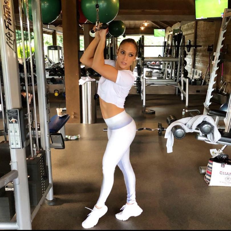 Дженнифер лопес сделала бокс сексуальным foto