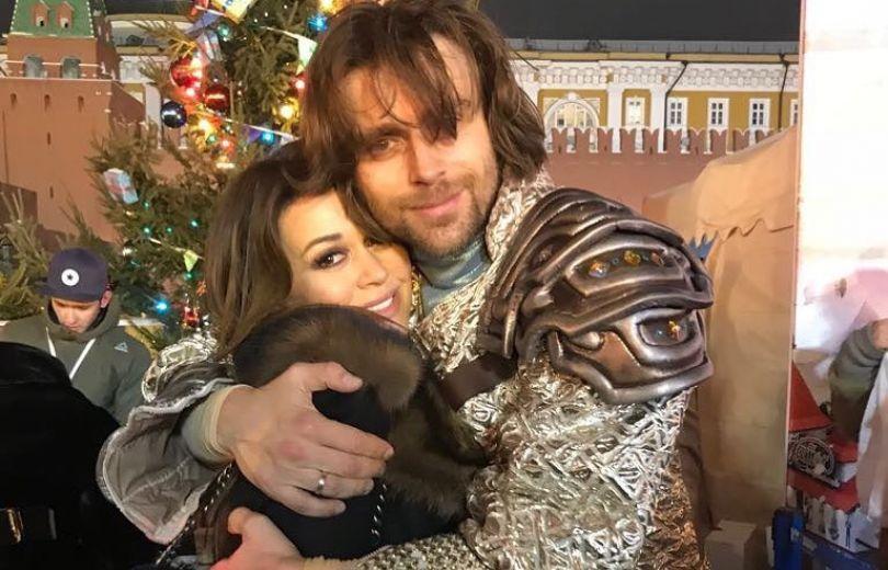 Анастасия Заворотнюк красиво поздравила супруга сднем рождения