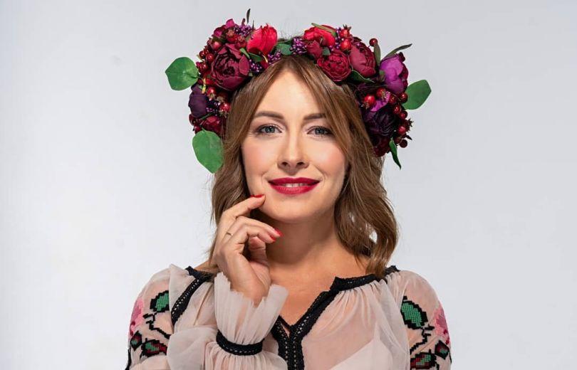Елена Кравец в вышиванке: День вышиванки 2020