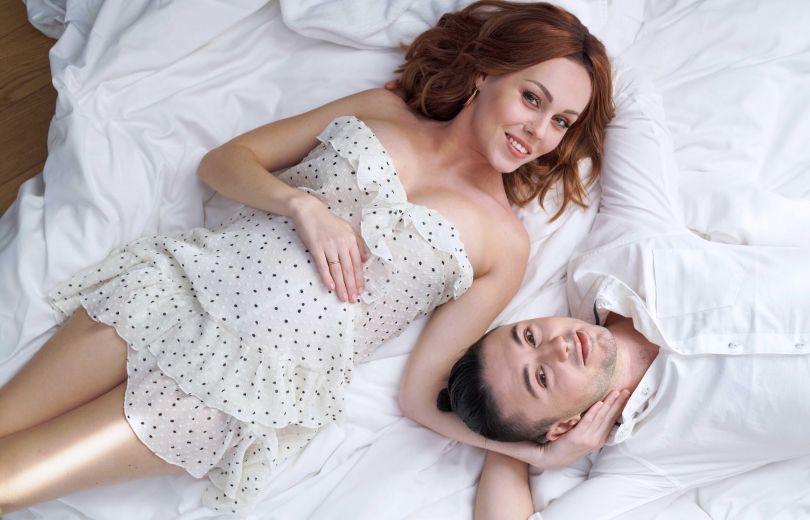 Alyosha беременная и ее муж Тарас Тополя