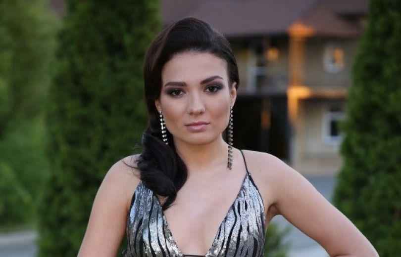 Стелла Шаповалова