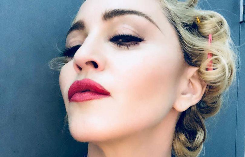 """В стиле Мэрилин Монро и Майкл Джексон рядом: Мадонна поделилась архивным фото с """"Оскара"""""""