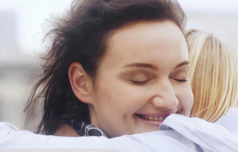Мэри Кэй запустили кампанию, которая поможет женщинам уверенней принимать комплименты