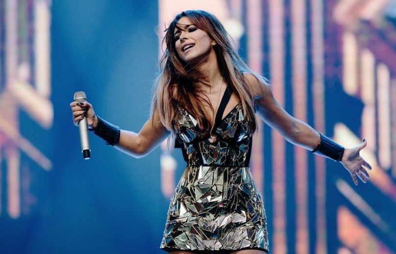 Ани Лорак впервые за долгое время выступила в Киеве: Для меня больше честь петь на этой сцене!