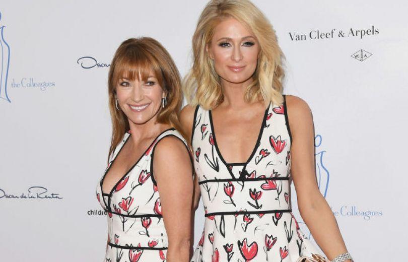 Пэрис Хилтон и Джейн Сеймур пришли на вечеринку в одинаковых платьях