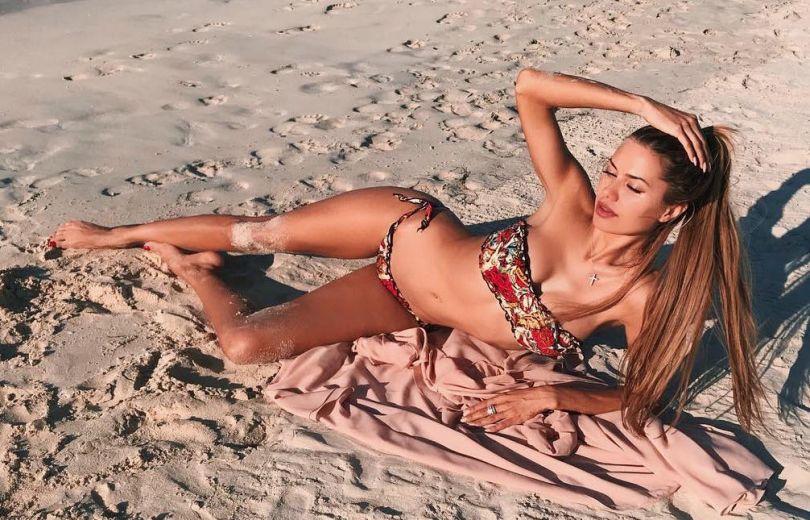 Викторию Боню обвинили в чрезмерном фотошопе своей фигуры
