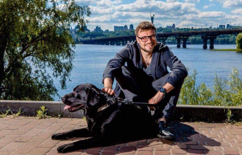 Егор Гордеев с собакой