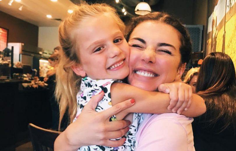 Анна Седокова решила конфликт сотцом собственной дочери Моники
