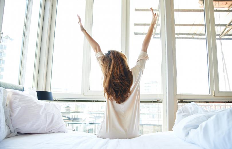 Девушка утром