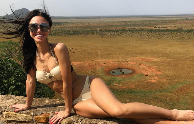 """Вика из """"Неангелов"""" отдыхает в Кении"""