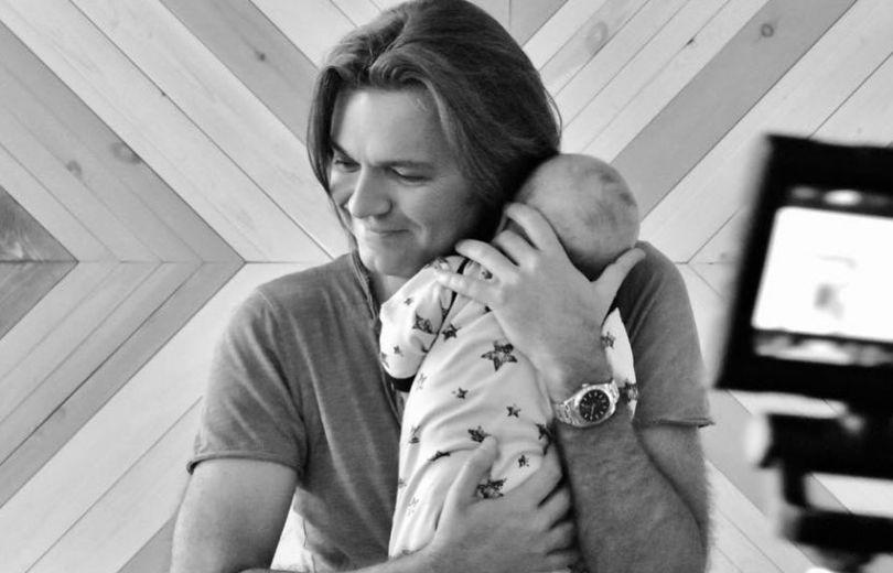 Дмитрий Маликов празднует 1-ый день рождения сына