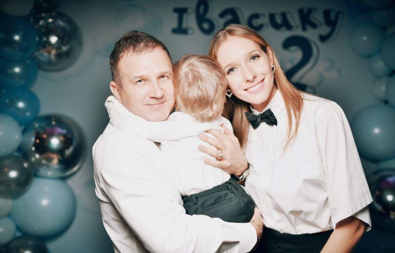 Юрий Горбунов и Катя Осадчая с сыном Иваном