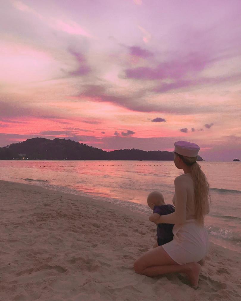 Николай Тищенко опубликовал трогательное фото с женой и годовалым сыном