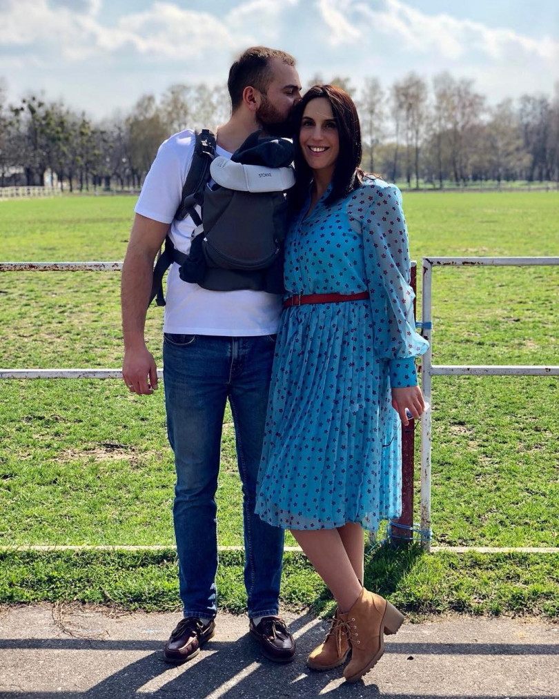 Джамала ссыном— 1-ый месяц совместно