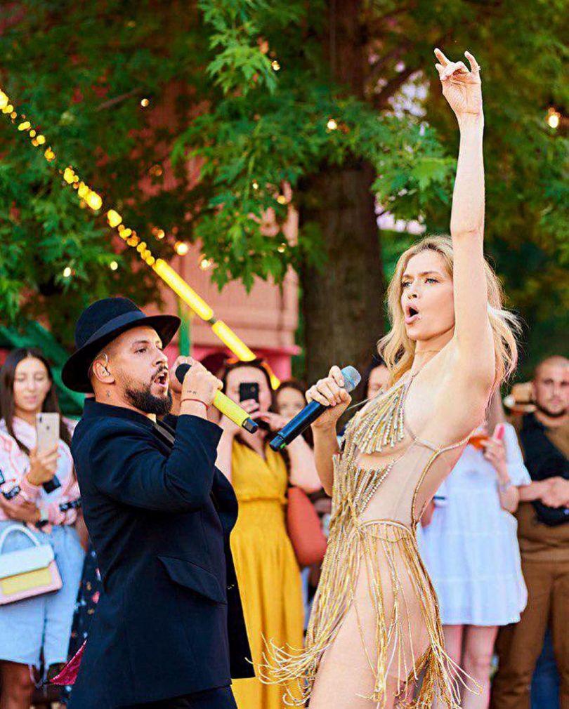 Віра Брежнєва танцює і співає разом з Дімою Монатік
