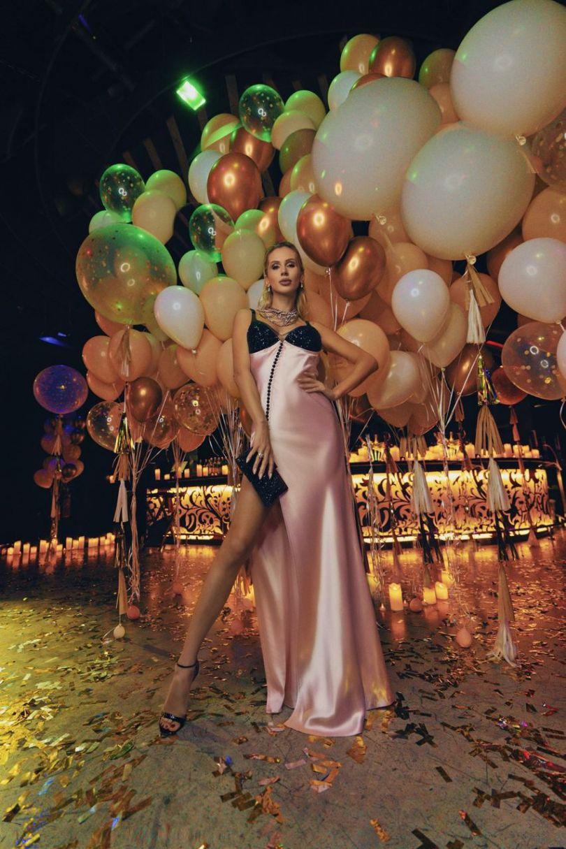 Світлана Лобода в красивому платті