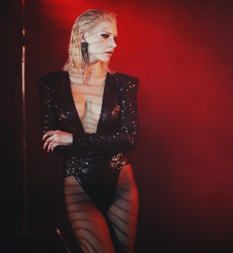Бывшая солистка группы «ВИА Гра» выпустила 1-ый сольный трек