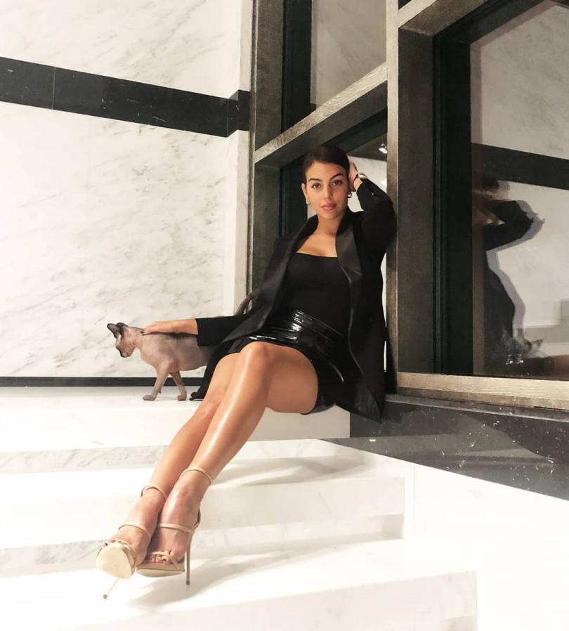 Как они подходят друг другу: Джорджина Родригес поделилась новым фото с Криштиану Роналду