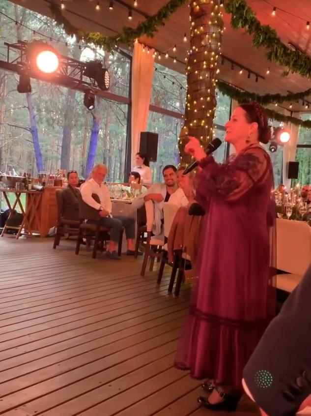 Нина Матвиенко на свадьбе Потапа и Насти