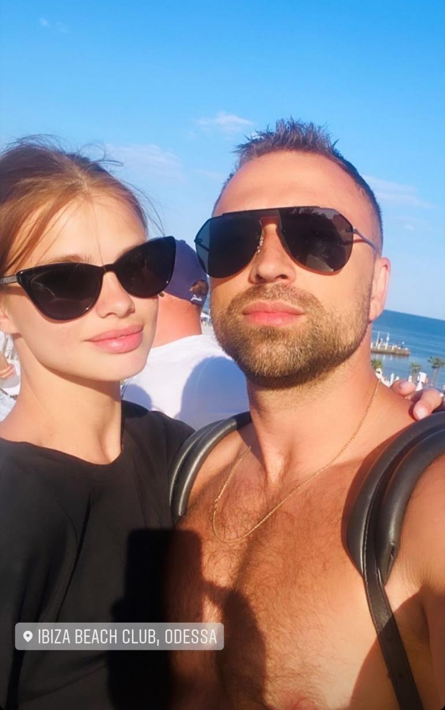 Макс Михайлюк и Даша Хлистун на отдыхе