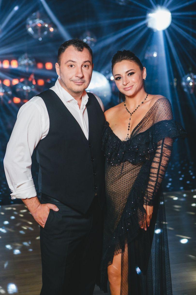 Дмитрий Танкович и Илона Гвоздева на съемочной площадке шоу Танці з зірками 2020