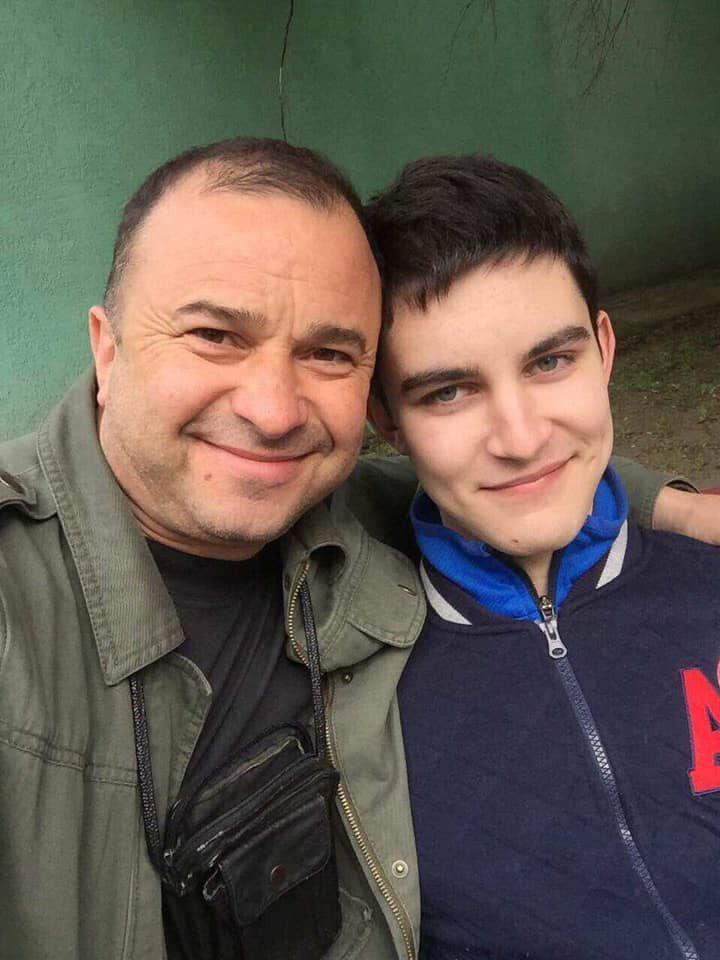 Віктор Павлик та його син